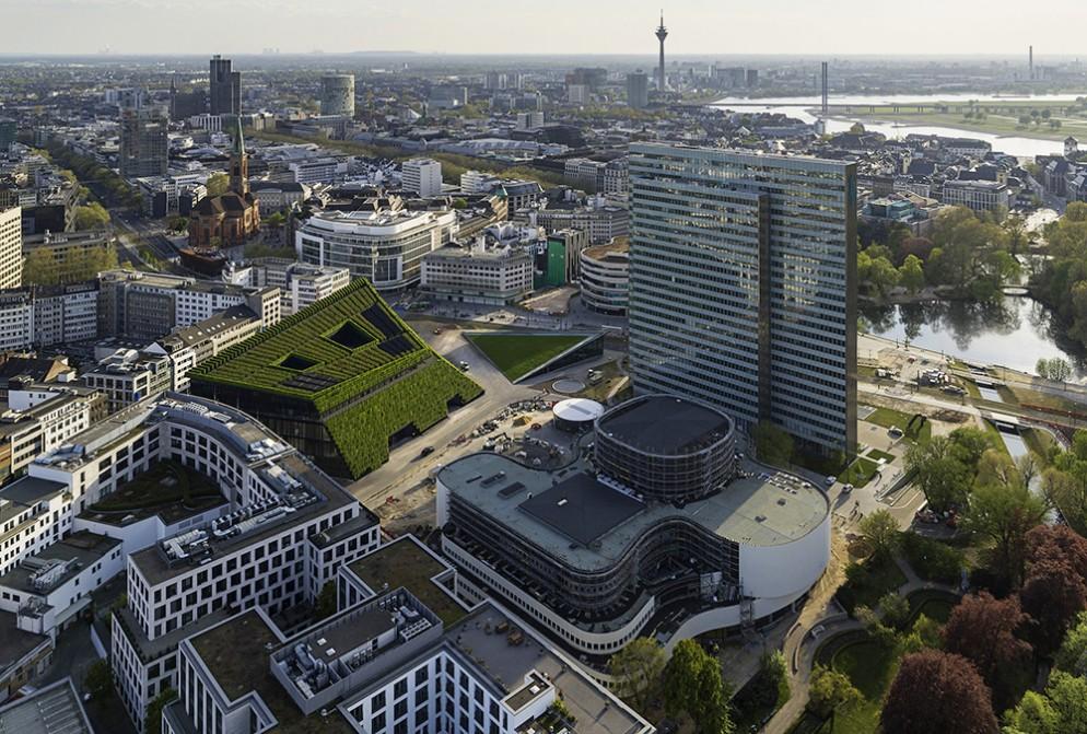 Düsseldorf – Kö Bogen II The largest vertical garden in Europe